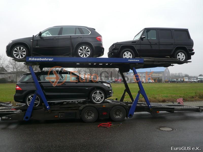 Fahrzeugüberführung.