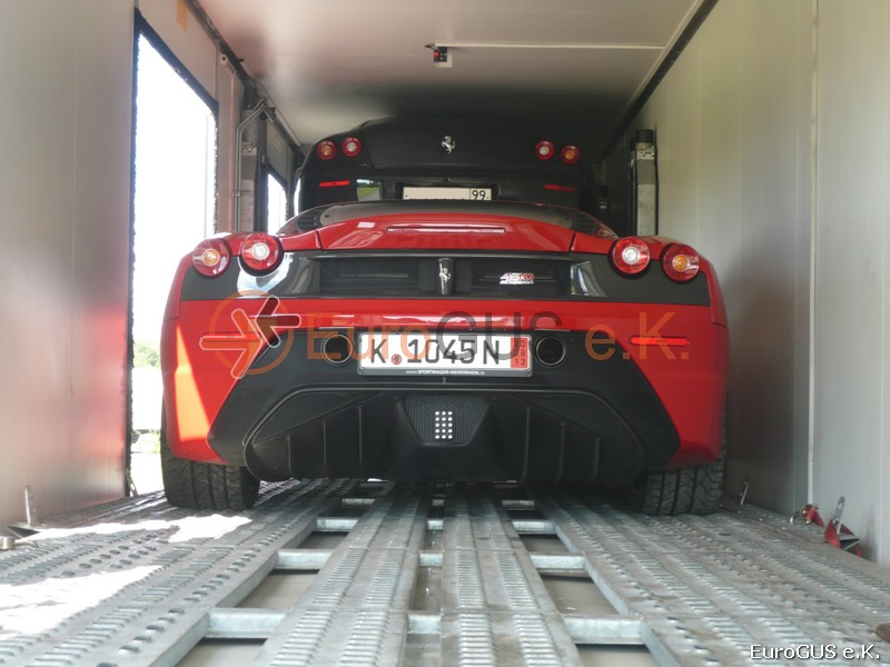 car transport Ferrari